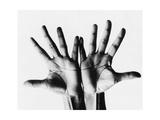 Vogue - April 1968 - Outstretched Hands Premium fotoprint van Bert Stern
