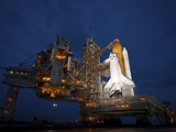 Night View of Space Shuttle Atlantis on the Launch Pad at Kennedy Space Center, Florida Fotografie-Druck von  Stocktrek Images