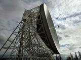 The Lovell Telescope at Jodrell Bank Observatory in Cheshire, England Fotografie-Druck von  Stocktrek Images