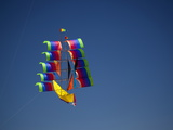 A View of a 'Tall Ship' Kite at the Annual Parksville Kite Festival Fotoprint av Pete Ryan