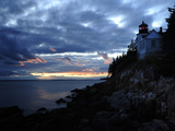A Moody Sky over Bass Harbor Head Lighthouse at Sunset Fotografisk tryk af Raul Touzon