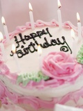 Birthday Cake With Lit Candles Reproduction photographique par Tom Grill