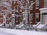 Brownstones in Blizzard Fotografisk trykk av Rudy Sulgan