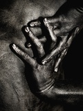 Painted Hands on Bare Skin Fotografisk tryk af Elisa Lazo De Valdez