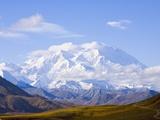 Mount McKinley Trykk på strukket lerret av John Eastcott & Yva Momatiuk