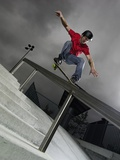 Skateboarder Performing Tricks Reproduction photographique