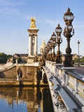 Pont Alexandre-III and Dome des Invalides over Seine river Fotografisk trykk av Rudy Sulgan