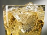 Close-up of Cider on Ice Fotografisk tryk af Steve Lupton