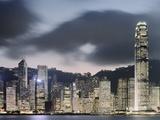 Hong Kong Skyline and financial district at dusk Lámina fotográfica por Martin Puddy