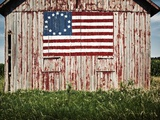 American flag painted on barn Fotografisk tryk af  Owaki