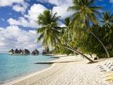 Huts at Matira Beach, Bora Bora Island Fotografie-Druck von José Fuste Raga