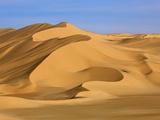 Sand dunes in Erg Admer in Algeria Fotografisk tryk af Frank Krahmer