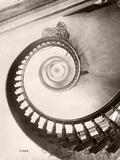St. Louis Hotel's Winding Staircase Impressão fotográfica por  Bettmann