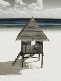 Lifeguard Station on Beach Fotografie-Druck von Franco Vogt