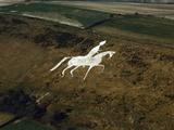 Aerial View of Man on Horse, Chalk Hillside Carving Fotografie-Druck von Jason Hawkes
