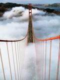 Golden Gate Bridge Wrapped in Fog Impressão fotográfica por Roger Ressmeyer