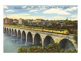 Train Crossing Stone Arch Bridge, Minneapolis, Minnesota Kunstdrucke