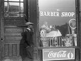 Chicago: Barber Shop, 1941 Fotografisk tryk af Edwin Rosskam
