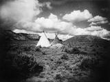 Apache Tepees, C1909 Bedruckte aufgespannte Leinwand