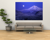 Moonrise over Mt. Hood, Oregon, USA Poster por Janis Miglavs