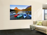Two Medicine Lake and Sinopah Mountain, Glacier National Park, Montana, USA Poster di Jamie & Judy Wild