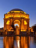 Palace of Fine Arts at Dusk in San Francisco, California, Usa Fotografisk tryk af Chuck Haney