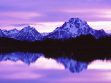 Mountain Reflections on Lake, Grand Teton National Park, Wyoming, Usa Fotografisk tryk af Dennis Flaherty