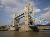 Tower Bridge and River Thames, London, England, United Kingdom Lámina fotográfica por David Wall