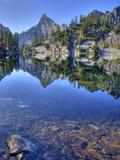Chair Peak, Gem Lake, Alpine Lakes Wilderness, Washington, Usa Reproduction photographique par Jamie & Judy Wild
