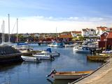 Harbour, Halleviksstrand, Stocken, Orust Island, West Gotaland, Sweden, Scandinavia, Europe Lámina fotográfica por Robert Cundy
