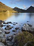 Cradle Mountain and Dove Lake, Cradle Mountain-Lake St. Clair National Park, Tasmania, Australia Fotografie-Druck von Jochen Schlenker