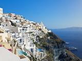 Elevated View of Fira, Santorini (Thira), Cyclades Islands, Aegean Sea, Greek Islands, Greece Lámina fotográfica por Gavin Hellier