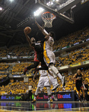 Indianapolis, IN - May 24: Miami Heat and Indiana Pacers - Dwyane Wade and Roy Hibbert Foto af Jonathan Daniel