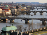 Bridges over the River Vltava, Old Town, Prague, Czech Republic, Europe Impressão fotográfica por Hans Peter Merten