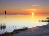 The Morris Island Lighthouse at Sunrise Fotografie-Druck von Robbie George