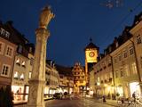 Salzstravue and Schwabentor, Old Town, Freiburg, Baden-Wurttemberg, Germany, Europe Impressão fotográfica por Hans Peter Merten