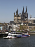 Church of Great Saint Martin and Cathedral, Seen across the River Rhine, Cologne, North Rhine Westp Impressão fotográfica por Hans Peter Merten