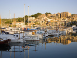 View across the Harbour at Sunrise, Port De Soller, Mallorca, Balearic Islands, Spain, Mediterranea Fotografisk tryk af Ruth Tomlinson