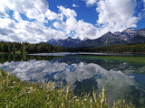 Herbert Lake and Bow Range, Banff National Park, UNESCO World Heritage Site, Alberta, Rocky Mountai Impressão fotográfica por Hans Peter Merten