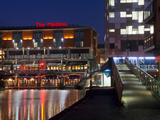The Mailbox, Canal Area, Birmingham, Midlands, England, United Kingdom, Europe Reproduction photographique par Charles Bowman