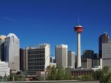 City Skyline and Calgary Tower, Calgary, Alberta, Canada, North America Impressão fotográfica por Hans Peter Merten