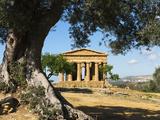 Tempio Di Concordia (Concord), Valle Dei Templi, UNESCO World Heritage Site, Agrigento, Sicily, Ita Lámina fotográfica por Stuart Black
