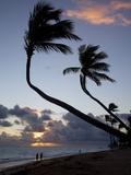 Bavaro Beach at Sunrise, Punta Cana, Dominican Republic, West Indies, Caribbean, Central America Fotografisk trykk av Frank Fell