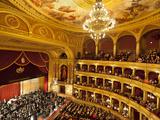 State Opera House (Magyar Allami Operahaz) with Budapest Philharmonic Orchestra, Budapest, Central  Fotografie-Druck von Stuart Black