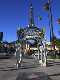 Silver Four Ladies of Hollywood Gazebo, Hollywood Walk of Fame, Hollywood Boulevard, Hollywood, Los Reproduction photographique par Wendy Connett