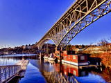 Reflection of the Aurora Bridge in Lake Union on a Cold Clear Seattle Morning, Washington, Usa Reproduction photographique par Richard Duval