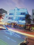 Colony Hotel and Classic Car, South Beach, Art Deco Architecture, Miami, Florida, Usa Fotografie-Druck von Robin Hill