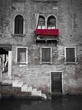 Venetian Building, Venice, Italy Impressão fotográfica por Jon Arnold