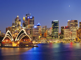 Australia, New South Wales, Sydney, Sydney Opera House, City Skyline at Dusk Bedruckte aufgespannte Leinwand von Shaun Egan