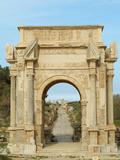 Arch of Septimus Severus, Leptis Magna Roman Ruins, Libya Fotografisk tryk af Gary Cook